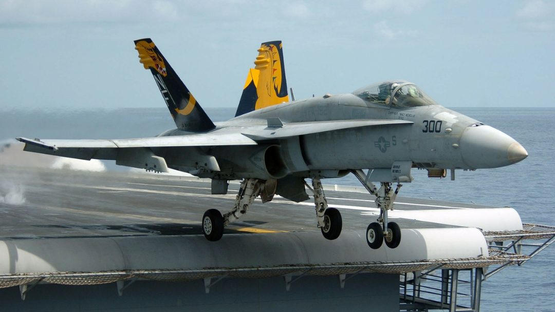 Conheça os diferentes tipos de aviões militares existentes