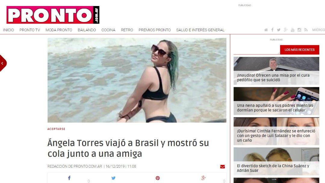 Ángela Torres viajó a Brasil y mostró su cola junto a una amiga