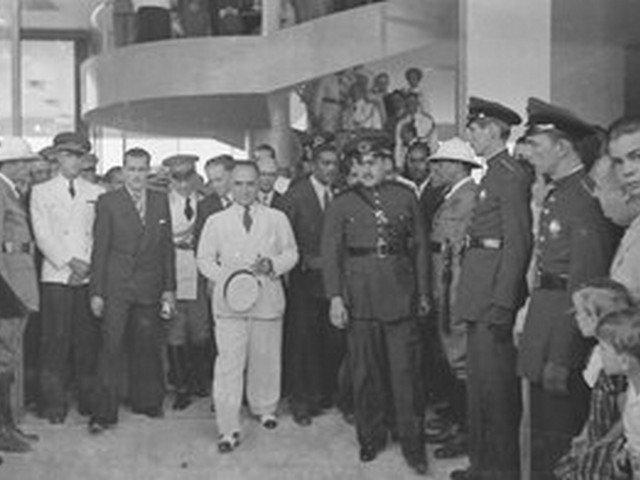 Getúlio Vargas Inaugura Santos Dumont