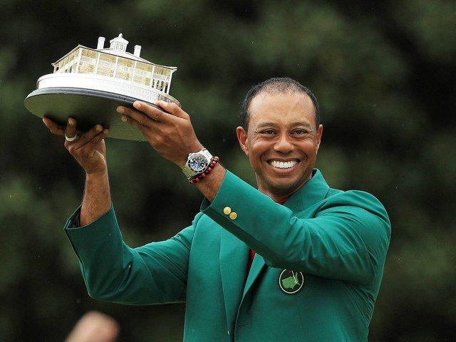 Tiger Woods com a lendária jaqueta verde