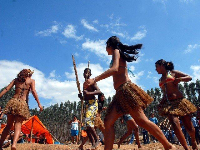 Indígenas Tupiniquins